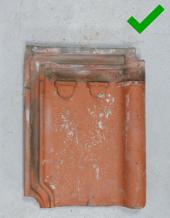 Luijtgaarden - Waterkering uitsorteren hergebruiken (1) - Gebruikte dakpannen