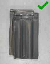 Luijtgaarden - Waterkering uitsorteren hergebruiken (2) - Gebruikte dakpannen