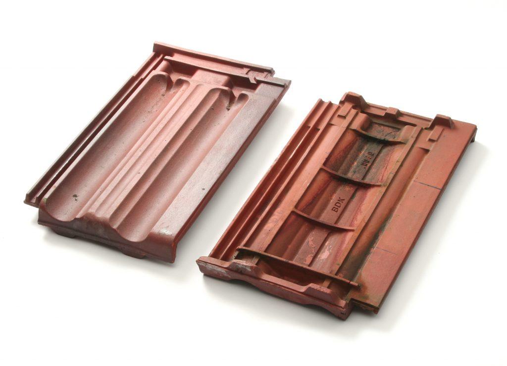 Gebruikte vlakke mulden dakpan bruin verglaasd